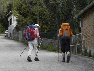 m path of pilgrimage on foot on track of francesco